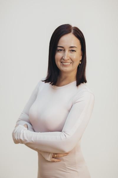 Виктория Каратаева - тренер студии Пилатес Плюс на Фрунзенской