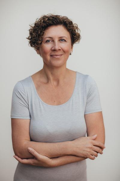 Юлия Серганова - Сертифицированный тренер Polestar Pilates