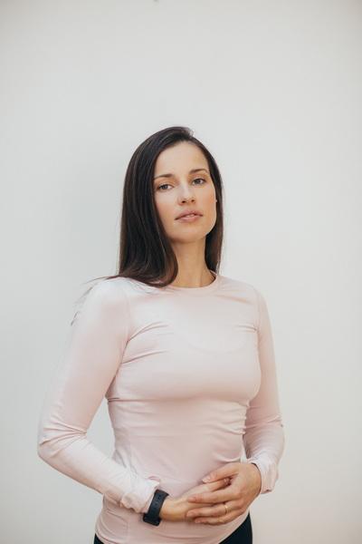 Оксана Воронова - тренер студии Пилатес Плюс на Фрунзенской